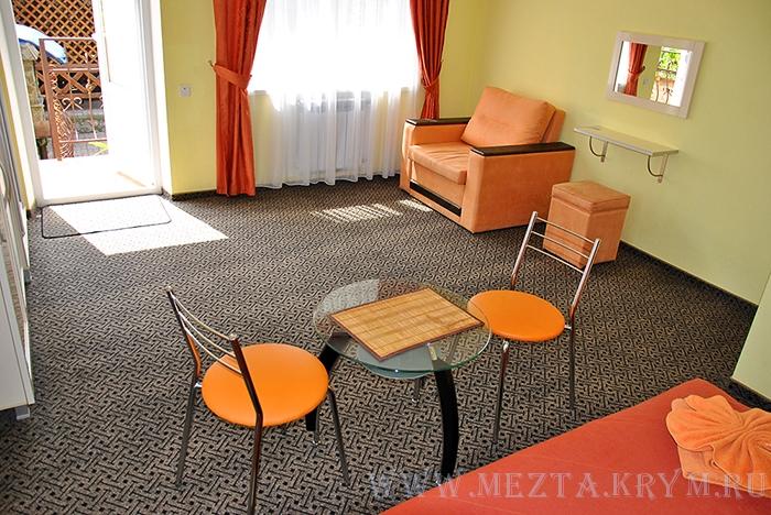 Отдых в Крыму гостиница Мечта Алушта пер  Калядина