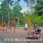 детская площадка в парковой зоне